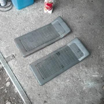 Podnóżki metalowe do traktorka Husqvarna CT 130