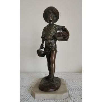 Holenderska rzeźba z brązu, marmurowa podstawa.