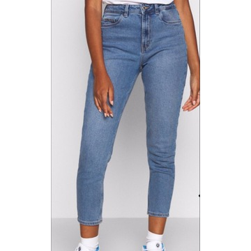 Jeansy Relaxed Fit Vero moda r. 25/30 pas68-72