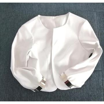 Eleganckie bolerko biały krem złote rękawy łańcuch