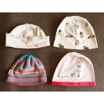 czapki dla dziewczynki na wiek 3-6 zestaw 4 sztuk