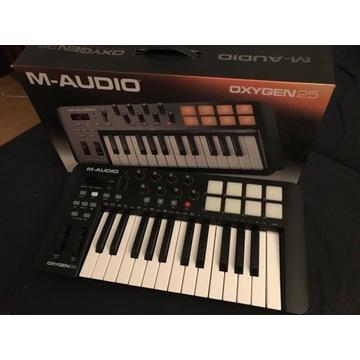 M-AUDIO OXYGEN 25 klawiatura sterująca