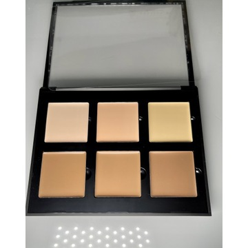 Anastasia Beverly Hills contour kit light