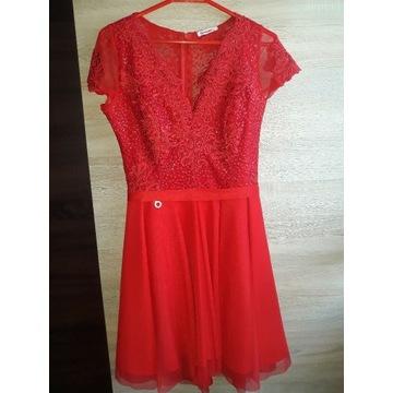 Czerwona sukienka Bicotone