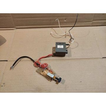 Mały transformator symetryczny do 2x 8V DIY