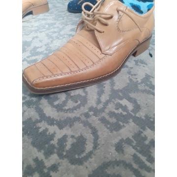 Wojas  medlie buty eleganckie nr wkładki 28