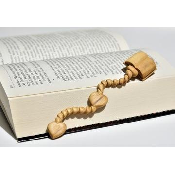 Drewniana rzeźbiona zakładka do książki - handmade