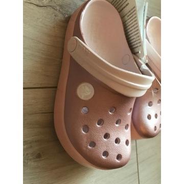 crocs C10