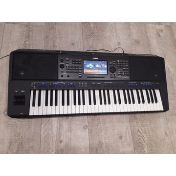 Yamaha PSR SX 700