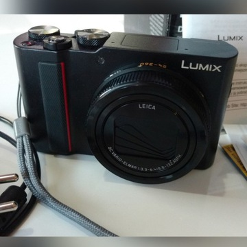 Aparat fotograficzny Panasonic DC-TZ200 (czarny)