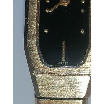 Bulova - damski zegarek, klasa na ręce