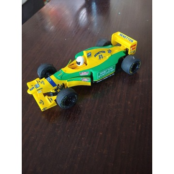 Model Scalextric C492 Ford Benetton B193 Schumache