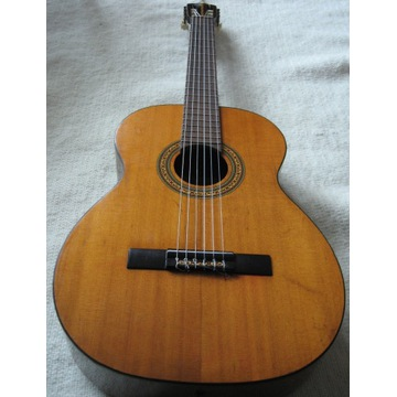 Gitara klasyczna 4/4 Japan z lat 70