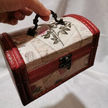 Mały kuferek na drobiazgi pudełko szkatułka Róża