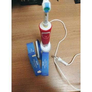 Szczoteczka elektryczna ORAL-B dla dzieci + końców