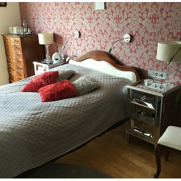 Romantyczna sypialnia w stylu Ludwik