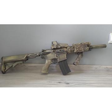 M4, M16, SR