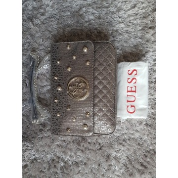 Oryginalna złota torebka Guess na łańcuszku