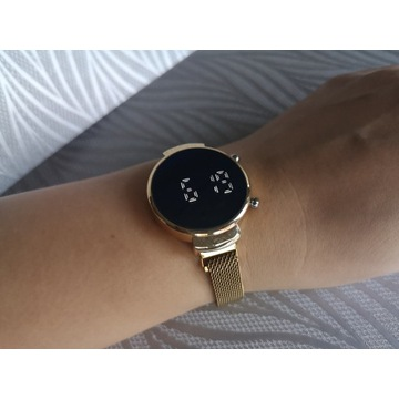 Damski zegarek Led na magnetycznym pasku