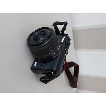 Aparat cyfrowy fotograficzny Canon EOS M100