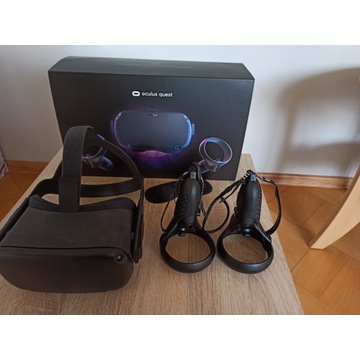 Oculus quest 64 Gb + akcesoria