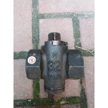 Zwór stożkowy DN 32 mosiężny do gazu