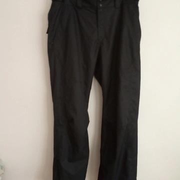 spodnie narciarskie O'Neill XL  stan bardzo dobry
