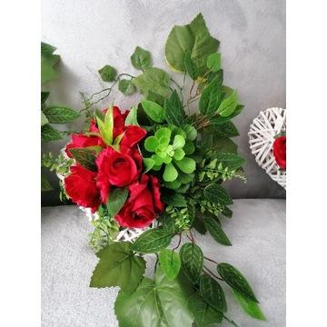 Serce na cmentarz sukulenty stroik z róż na grób