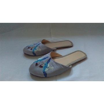 KAPCIE eleganckie wąska stopa r. 37-37,5 NOWE
