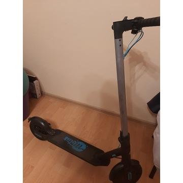 Hulajnoga elektryczna Motus Scooty 8,5