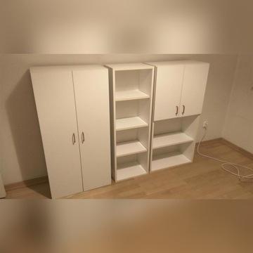 Szafki półki słupek - meble w białym kolorze
