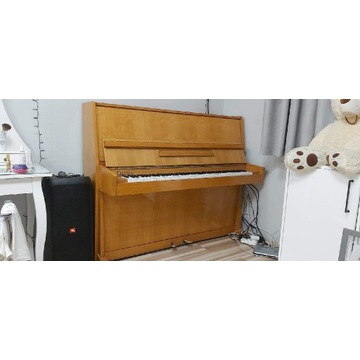 Piano Calisia jak nowe