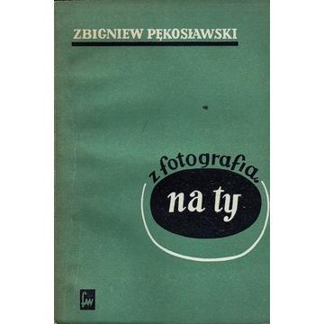 Z fotografią na ty Pękosławski Zbigniew