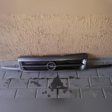 Gril, Atrapa, Opel Astra 1991r.