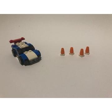 LEGO 31027 Creator 3 w 1 - Niebieska wyścigówka