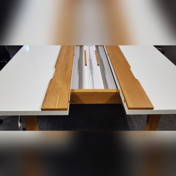 Ręcznie robione dębowe stoły biurowe / biurka.