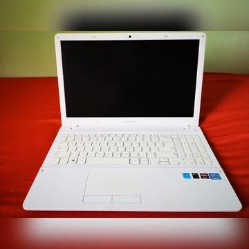 Samsung 370R Laptop w stanie idealnym