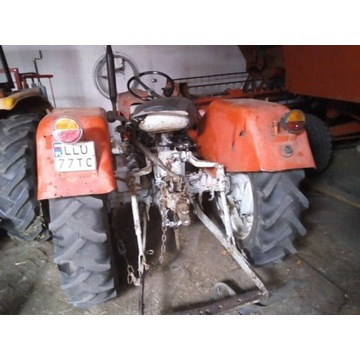Traktor ursus c330