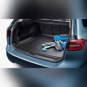 Oryginalna mata bagażnika VW Passat B8 Variant