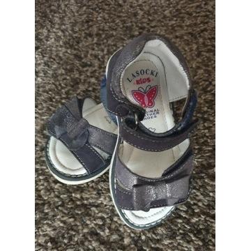 Sandałki buciki dziewczcęce Lasocki