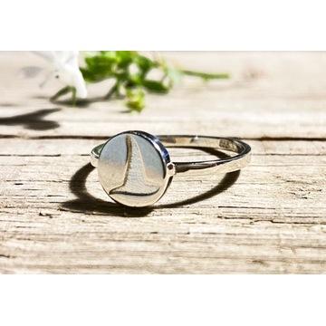Srebrny pierścionek z pieczęcią wiedźmy