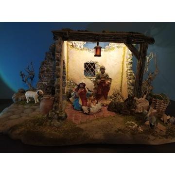 Szopka bożonarodzeniowa z figurkami nr 8