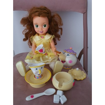 Bella lalka interaktywna Czas na herbatkę Bryczek