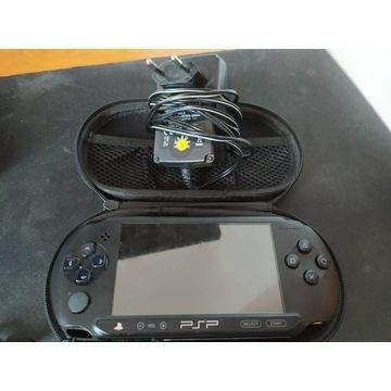 Konsola PSP Slim E-1004