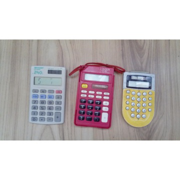 Kalkulatory elektroniczne -mix.