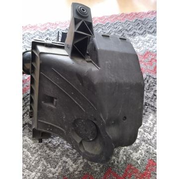 Obudowa filtra powietrza Audi A6 C5 2.4 V6 ORYG.