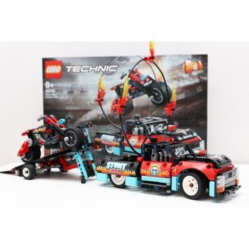 LEGO TECHNIC 42106 Furgonetka i motocykl kaskaders