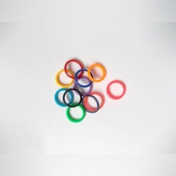 pierścionki kolorowe gumowe zestaw