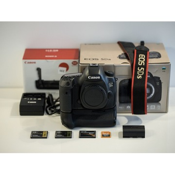 MEGAZESTAW! Canon 5Ds + BG-E11+ akcesoria