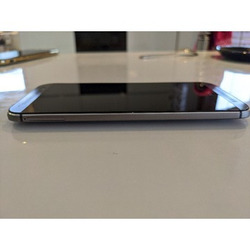 HTC M8 dual sim